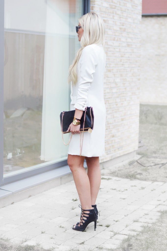 white-blazer-dress